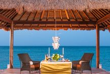 Sandals Royal Bahamian / Enjoy alabaster sand beaches, crystalline waters, tropical gardens and opulent suites Sandals. European elegance and island romance all wrapped up in one unforgettable vacation