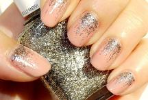 Nails / by Mari Ortiz De Zevallos (Gaube)