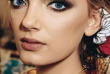 Makeup Looks / by Kristine Hurd