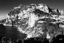 Bianco&Nero / Pensieri in bianco e nero che con immagini e parole, scrivono di Capri e Villa Brunella. White and black pictures, which describe Capri and Villa Brunela / by Villa Brunella