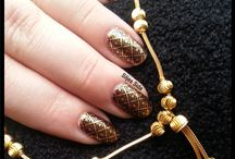 ö Nails stamped