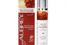 Aubrey luonnonkosmetiikka Age-Defying Therapy / Aubrey luonnonmukainen sertifioitu ihonhoitolinja silottaa ihoa ja ehkäisee juonteita. sisältää luomutyrniöljyä, jojobaa, aaloeta ja muita kosteuttavia