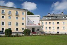 ARCOTEL Castellani Salzburg / Die ARCOTEL Hotels Familie bekommt Zuwachs!  Mit dem ARCOTEL Castellani sind wir nun auch in Salzburg vertreten.   Das 4-Sterne-Parkhotel bietet Seminarräume, einen großen Garten, zwei Restaurants, einen Fitness- und Erholungsbereich sowie die barocke St. Josephskapelle für Feierlichkeiten wie Hochzeiten oder Taufen.