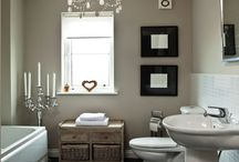 Bathrooms / by Sharon Tappan