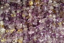 Gemstone Chip Beads for Jewellery making / These chip beads are so versatile and add texture, pattern and space to any jewellery creation.