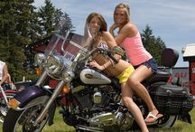 Dating Tips for Biker Singles and Biker Couples / http://www.bikerdatingresources.com The largest biker dating bloger for motorcycle riders offers useful tips and seek best biker match