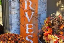 Holiday (Fall) Barn Wood Ideas