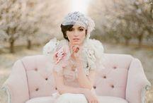 mariage thème sakura / Superbe robe de mariage, belles fleurs sakura, la mariée est magnifique, dans un environnement fantastique, magnifique et incroyable!