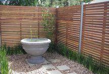 Garden Ideas / Ideas for walled gardens and screening