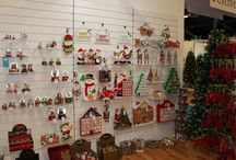 Harrogate Show - 2015 / Every year, Festive participates in the Harrogate show to exhibit its best products (fun Gonks, majestic frosted trees, floral garlands, shiny baubles, etc.). And it's always a success! Our Christmas wholesale showrooms are located in Cwmbran, Enfeild and China. For more information please visit www.festive.co.uk.