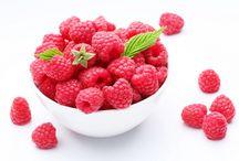 The Dutch Berry & Lily Garden /  * * * The Dutch Nursery, Aroma Zone, and Berry Garden @ DutchBerryGarden.com * * * Bessen Kwekerij en Tuin * * *  Blueberries - Raspberries - Blackberries - Oriental Lilies  * * *  Hengelo GLD, Holland. * * * email : holland@kiparissonas.com