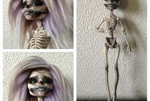 Dolls / by Laura Auld