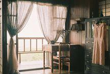 Bedroom / by Liz DeLandsheer