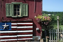 Fun with Pallets / Primitive Americana Flag made from two discarded pallets.