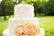 cakes i wish i could make / by Leah Prillaman