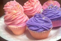 Shea Butter Cupcakes / Shea Butter Cupcakes good for your skin. These soap cupcakes are made with shea butter, coconut oil, Palm Oil Olive Oil and Sodium Hydroxide. They smell just like real candy.