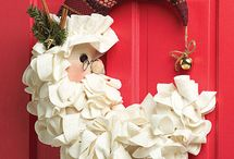 Christmas ~ Wreaths / by Kimberly Winters-Armstrong