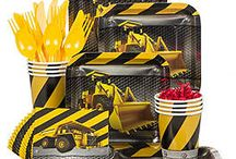 Construction Theme Birthday Party / Get down and dirty planning the perfect Construction themed party and everyone will notice your hard work.  Hopefully our party supplies and ideas can help!