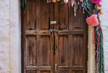 Knocking on the door / by Lydia Enriquez