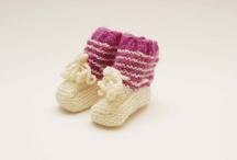 carapins | baby booties | patucos
