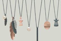 Heiring smykker / Sølv, forgyldte, rosa og sort oxyderede smykker - produceret på dansk værksted. Sammensæt selv dit favoritsmykke.  https://www.fangels.dk/maerker/heiring.html