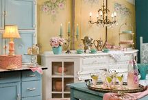 Shabby & Romantic / by Julie Owens
