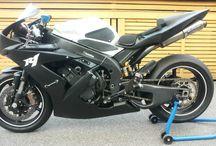 Motorcycles / Vauhdin hurmaa