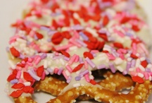 Valentine Day Recipes , Food and Treats / Valentine Day Recipes are the sweetest Treats and Food of the whole year, don't you think?  Whip up some Valentine's Day Treats for your family from this board crammed packed with Valentine's Day Food  / by Still Blonde after all these YEARS