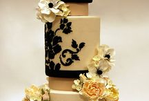 Gum Paste Flowers / Wedding cakes featuring beautiful gum paste flower work