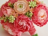 Floral / by Kim Yeager/ Lark Nest Design