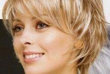 Cheveux courts pour femmes