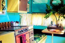 Caravan life / Tropical jungle kitch.