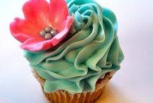 cupcakes / by Kimberly Fiser