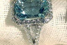 Jewellery / Anelli