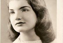 Jackie Bouvier Kennedy Onassis . / by Silvia Martinez
