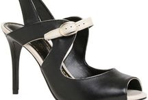 Souliers / by Annie St.Onge