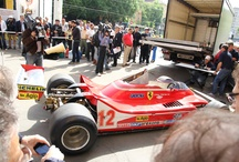 René Arnoux sull'auto di Gilles Villeneuve - F1 Modena