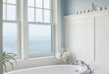 Beach bathrooms / by Lindy Russell