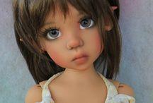 Kaye wigs dolls