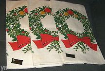 KAY DEE CHRISTMAS HOLLY WREATH LINEN DISH TOWELS-MINT-SET OF 3