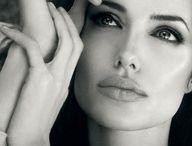 Angelina J.....