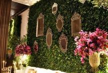 green wall- wedding backdrop ideas