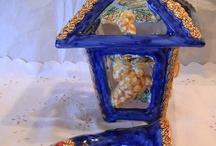 Lanterna per esterni in ceramica realizzata interamente a mano.Uva