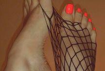 Feet   / πατουσάκια