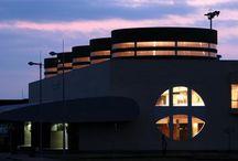 Aeropuerto de Logroño-Agoncillo / El aeropuerto de Logroño-Agoncillo está situado al este de la capital riojana, en el término municipal de Agoncillo. http://ow.ly/GwOjd