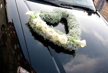 Hochzeitsauto blumendeko