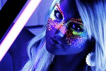 Black Lights and Endless Nights / Party!