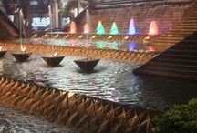 Fountains In The City / Fountains in the city come in all shapes and sizes. Providing soothing sounds and refreshing sights, fountains in the city enhance businesses, provide opportunities for relaxation and act as public works of art that enhance quality of life.