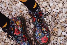 Dr martens floral boots