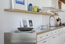 Kitchen Reno on a Shoestring / Planning a little kitchen refresh!